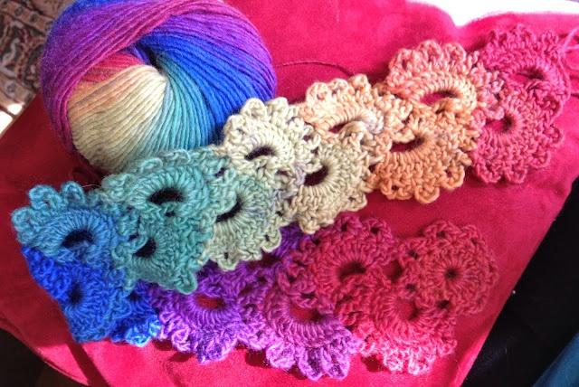 Free Crochet Pattern Queen Anne Lace Scarf : Queen Annes Lace Crochet Scarf Pattern haken: sjaals ...