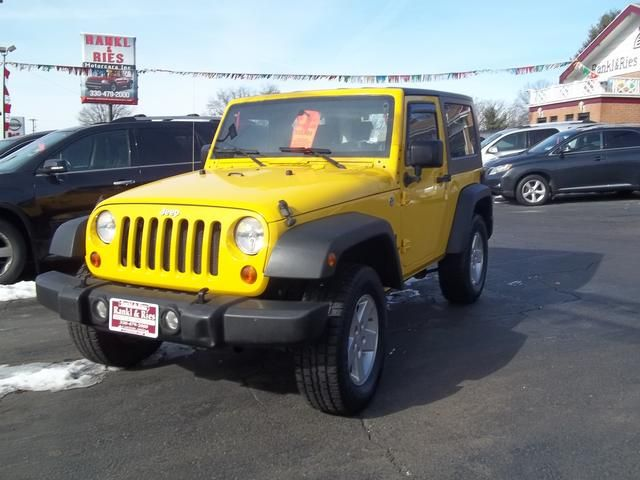 Who Is Ready For Some Fun And Sun This 2008 Jeep Wrangler Is Perfect For Spring Sunshine Yellow 4wd Call U 2008 Jeep Wrangler Jeep Wrangler X Yellow Jeep