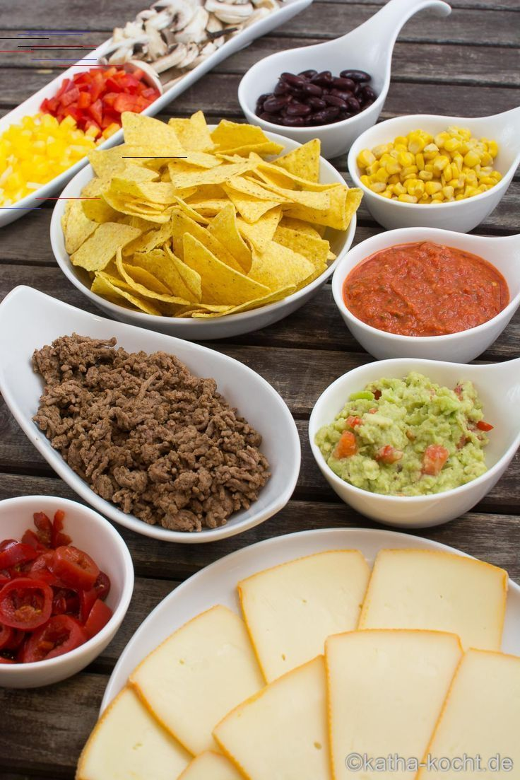 Nacho Raclette Uberbackene Tortilla Chips Mal Anders Katha Kocht In 2020 Raclette Recipes Soup Appetizers Tortilla Chips