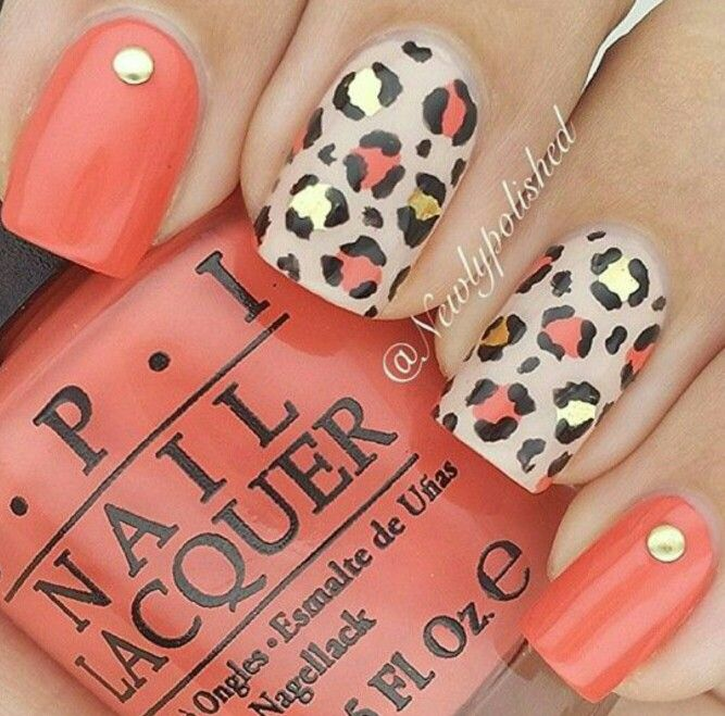 Fall cheetah nails.