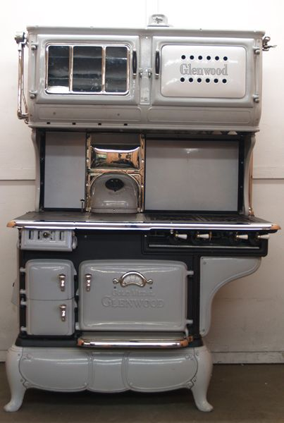 Double Oven Glenwood Gold Medal Gas And Wood Dual Fuel Combination Antique  Cook Stove   GWKRgold_medal_glenwood_gry_rest_ripps