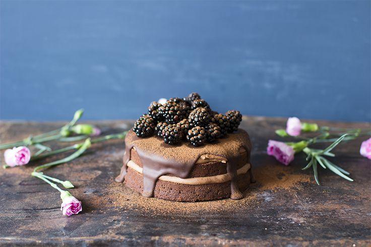 Vegaaninen suklaakakku