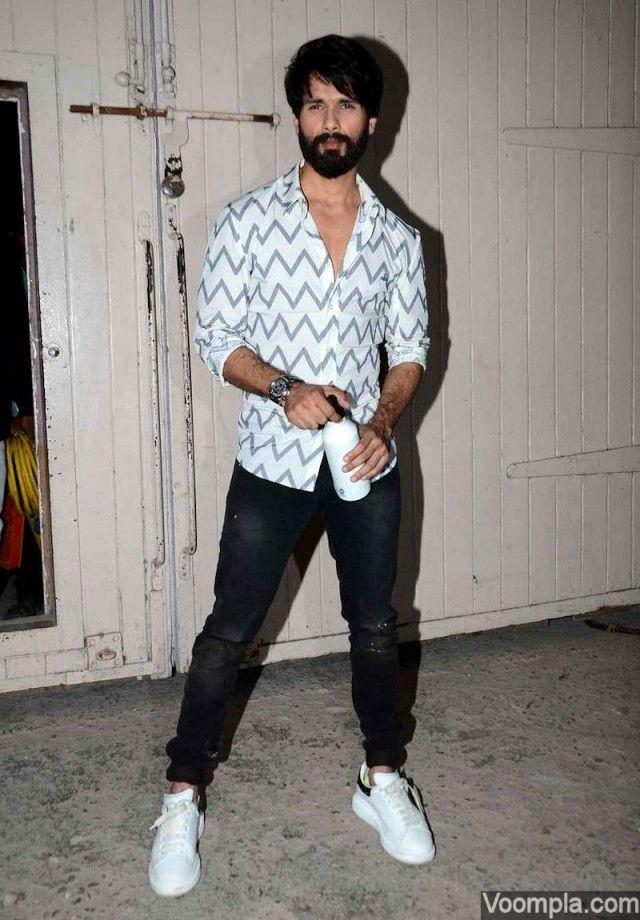 Shahid Kapoor. via Voompla.com