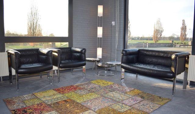 Online veilinghuis Catawiki: Marco Zanuso voor Poltrona Frau - SC 20 bank en 2 fauteuils