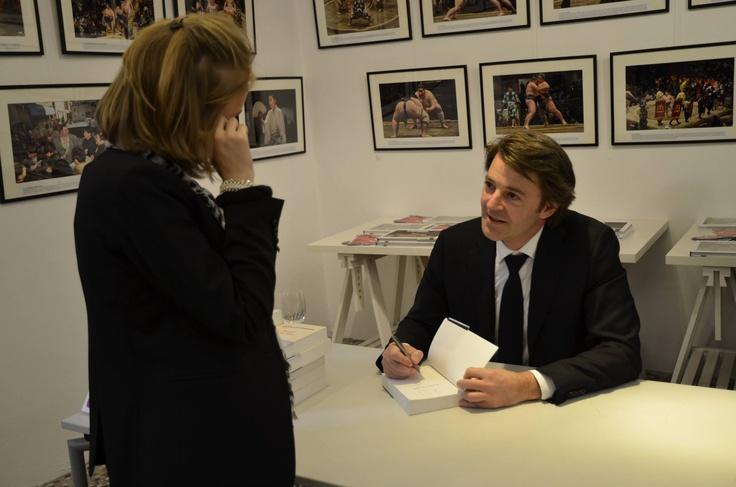 FRANÇOIS BAROIN, Journal de crise, aux éditions Lattès  En savoir plus >>> http://www.mollat.com/livres/francois-baroin-carnets-crise-9782709639644.html — con François Baroin