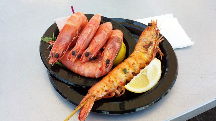 Prawns in Sydney are ginormous. Chilled or grilled were both good.