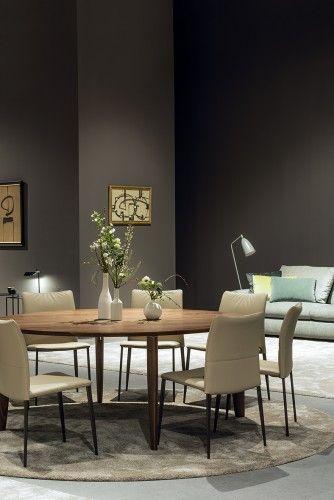 Oscarini chair | JORI - a striking elegant chair with a clear Italian DNA, yet made in Belgium.