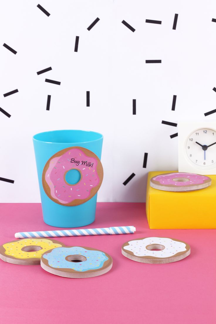 DONOTES  #donut #stickynotes #memphis #pink #girl #office www.geminioctopus.com