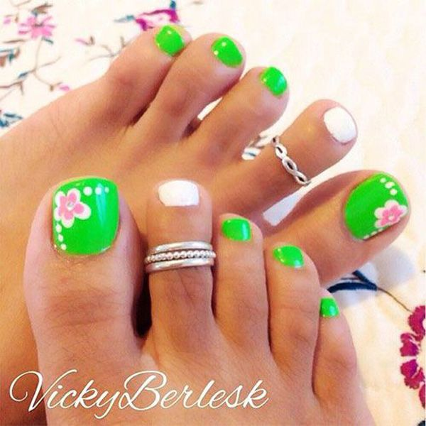 Toe Nail Designs Ideas toe nail designs with lines picture 1 50 Pretty Toenail Art Designs
