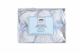 #Closet & #Drawer #Sachets: #Keep #clothes and your #closet smelling irresistibly #fresh and inviting with this set of 6 sachets. Filled with #fragranced #beads, the beautiful #fabric #sachets can be placed in a #drawer, a #gym #bag, #purse or hung on a #hanger to gently scent any space. #laundry #housekeeping #home #fragrance #scent $16.00