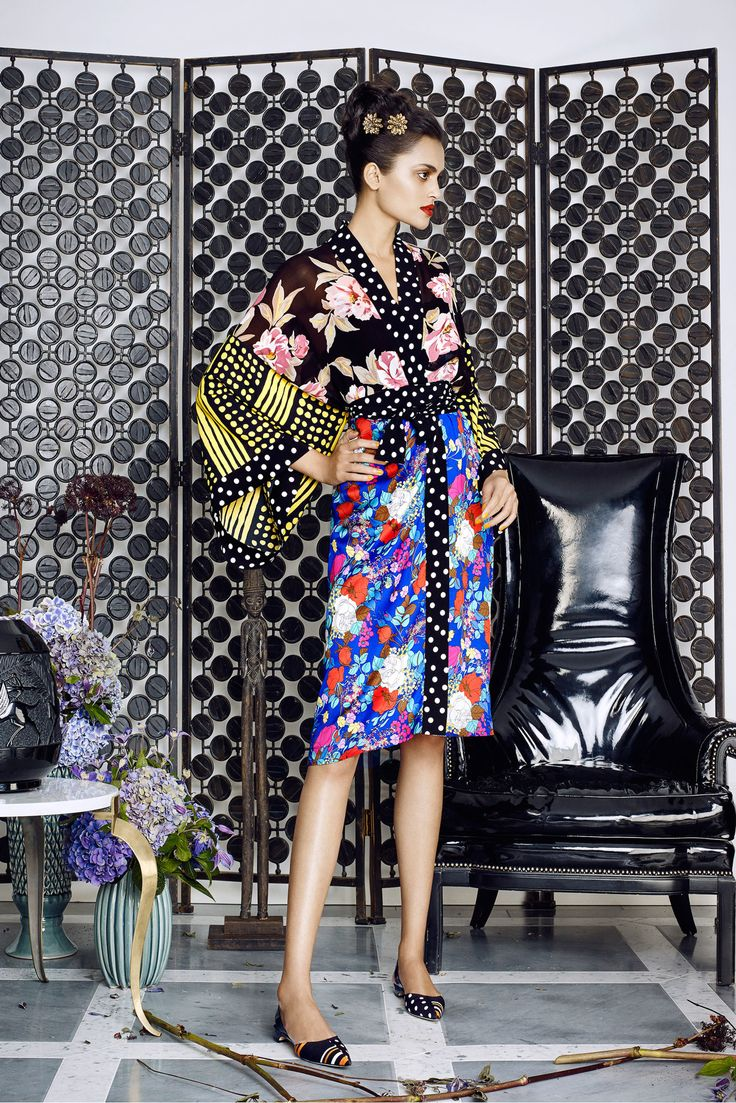 Duro Olowu Spring 2016 Ready-to-Wear Fashion Show- More print mixing anyone?