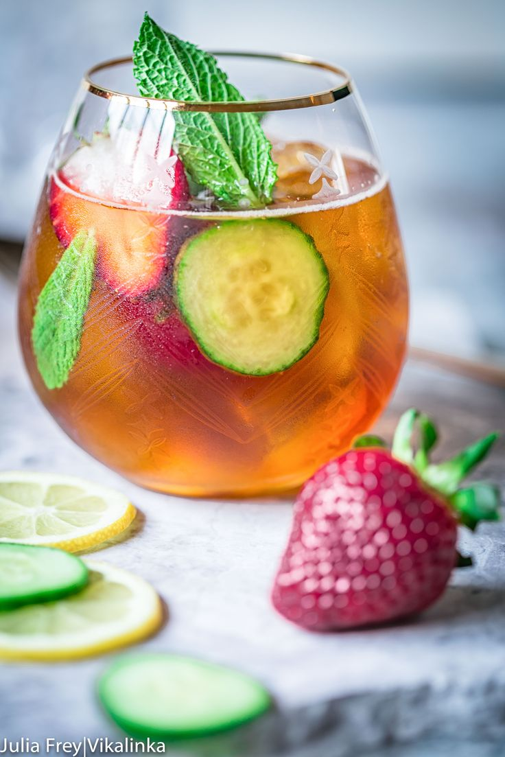 25 best ideas about pimms cocktail on pinterest pimms for What to mix with pimms