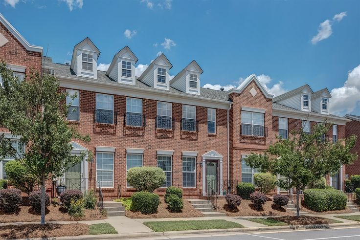 Fabulous Open, 2 Bed/2.5 Bath, 1 Car Garage, Brick Townhome in Indian Trail! Contact Wendy Richards, Keller Williams Realty - Ballantyne, 704-604-6115 for more information.