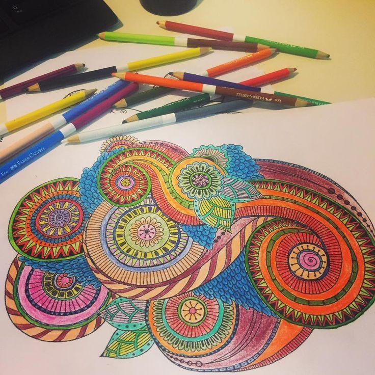 Hem haftayı hem mandalayı bitirdim  #art #artwork #arttherapy #brightcolors #breaktime #color #coloring #coffeebreak #draw #drawing #hobby #kalem #kuruboya #mola #mandala #mandalas #mandalaart #mandalalove #mandaladoodle #pen #paper #painting #renk #relax #renkler #softcolors #terapi #therapy #doodle #boya