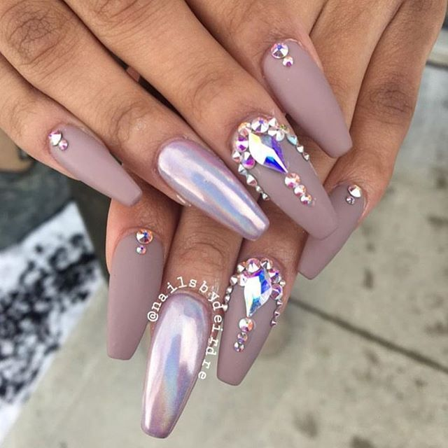Love @nailsbydeirdre ✨✨✨ #riyasnailsalon. Rhinestone Nail DesignsClear ... - Best 25+ Gem Nails Ideas On Pinterest Tiffany Nails, Tiffany