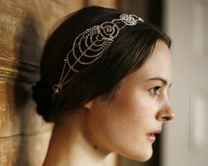 Would love a Deco hairpiece this fall. Jennifer Behr :: Hair Accessories