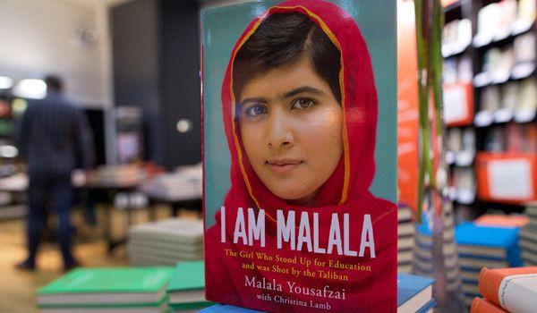 Estalla controversia en Pakistán en contra del libro de Malala Yousafzai