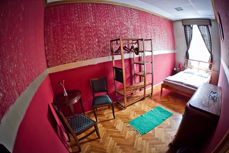 Our beautiful 'Boudoir' double room - low budget luxury and the Casa hostel in Budapest... :)