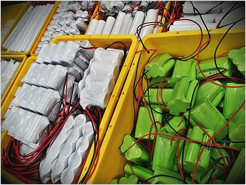 We custom make any size NiCad (Nickel Cadmium) rechargable emergency light battery cells or pack for overnight delivery. They are commonly used for the replacement of Emergency and EXIT light unit battery packs. We supply replacement batteries for all the common brands of emergency lighting and EXIT fittings using Premium quality high temperature (70°C) NiCad's
