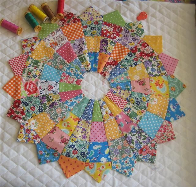 From @Pat Sloan blog - uses jelly rolls so cool. @ModaFabrics