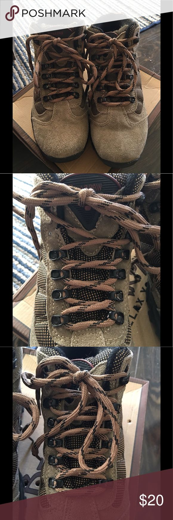 ❤️Boys Leather Hiking Boots worn 1x Light Brown Sueded Leather BearPaws LIKE NEW, Boys Hiking Boots, worn 1x!  Purchased at Big 5 sporting goods, with minor defect-metal lace up piece missing on right shoe (top where laces tie) not noticeable at all. BearPaw Shoes Boots