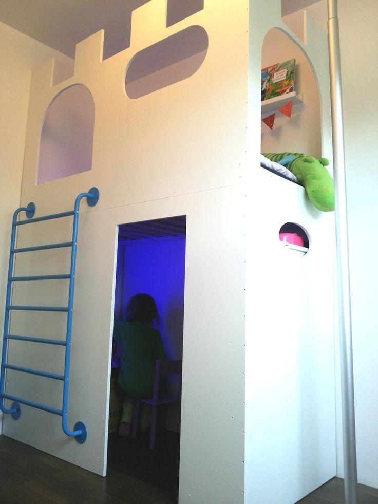 259 best images about bunk beds with storage stabelbedden met bergruimte on pinterest kid - Loft bed met opbergruimte ...
