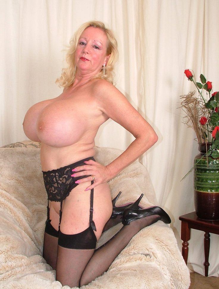 Massive tits granny porn