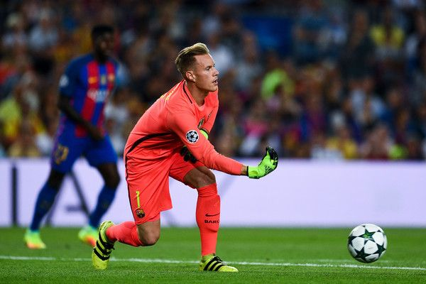 Marc-Andre ter Stegen of FC Barcelona in action during the UEFA Champions League Group C match between FC Barcelona and Celtic FC at Camp Nou on September 13, 2016 in Barcelona, Catalonia.