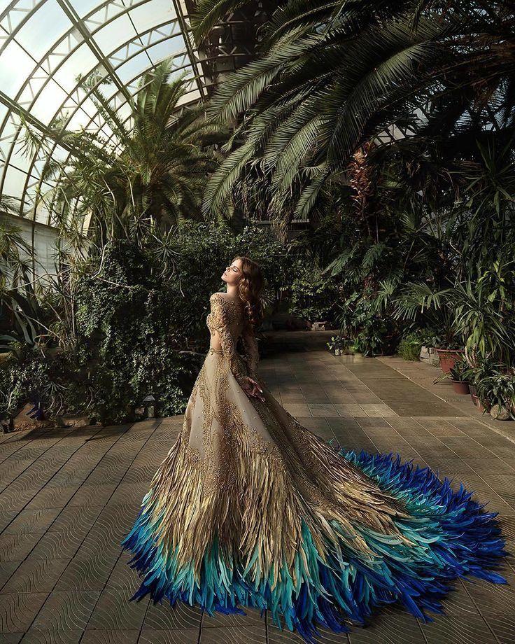 @WeddingForward // Dieses Kleid wird bei jedem Empfangskopf, der jemanden sehen …
