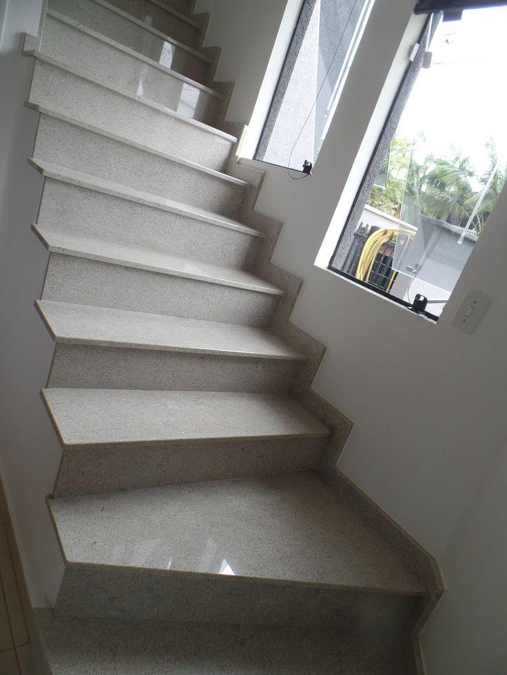 Granito Itaúnas escada
