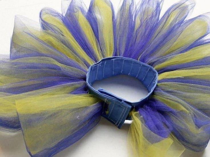 DIY tutorial: Sew a clown ruffle collar via DaWanda.com                                                                                                                                                                                 More