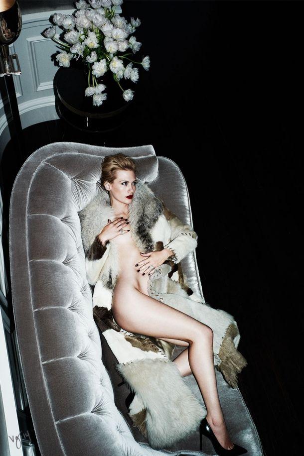 Дженьюари Джонс в журнале «Violet Grey»: «Я бы предпочла переспать с Рианной» / фото 2015