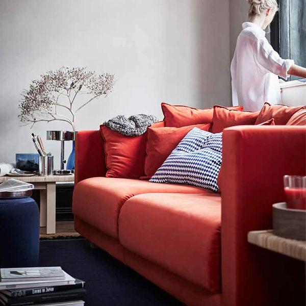 Divano a 3 posti con fodera in velluto arancione e cuscini – IKEA