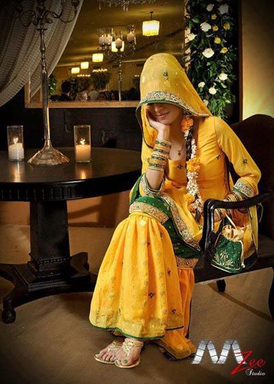 Latest Mehndi Dresses For Bridals 2015 (5)