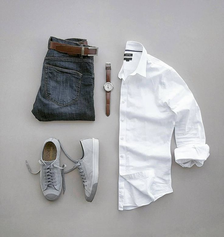 """884 Me gusta, 18 comentarios - Bret #Wellstyledman (@silverfox_collective) en Instagram: """"Basic white shirt weather and sockless days with @converse Jack Purcell Grey Nubuck #WellStyledMan…"""""""