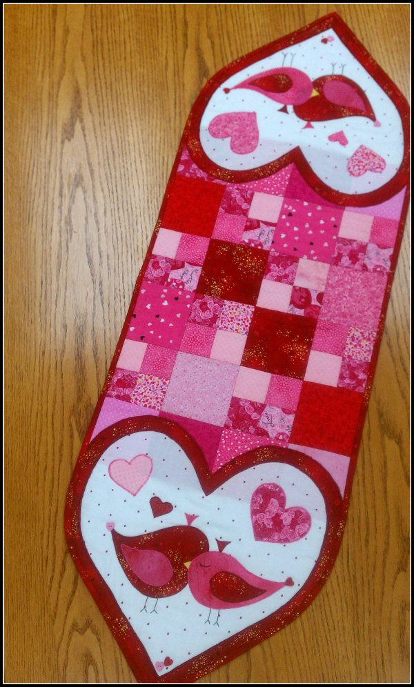1000+ images about Valentine Quilt Ideas and Free Stuff on Pinterest Runners, Mccall s ...