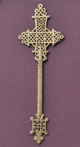 Priest-hand-cross-Ethiopian-orthodox-church-Coptic-handmade-copper