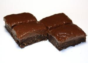 Čokoládový zákusok bez cukru a pečenia
