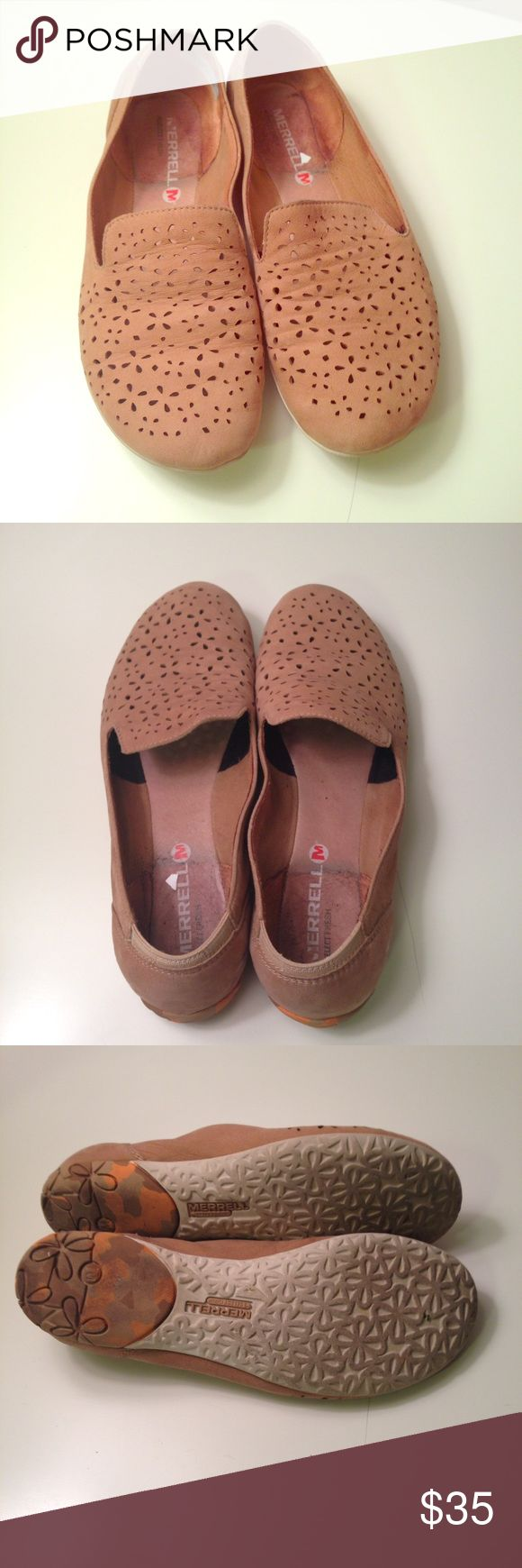 Merrill Mimix Maze in Brow Sugar These shoes are in good used condition. There are marks on the inside from the stickers Nordstrom Rack put in. From a smoke free, pet friendly home. No trades. Merrell Shoes Flats & Loafers
