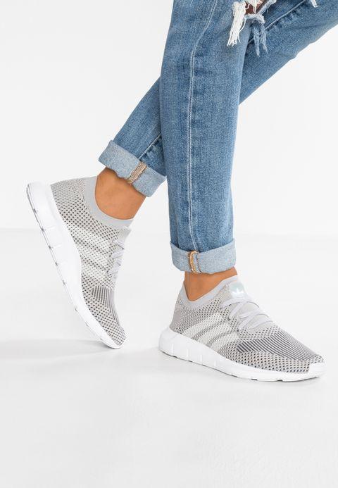 SWIFT RUN PK - Sneaker low - grey two/footwear white/grey ...