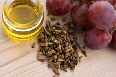 What Are the Benefits of Using Grape Seed Oil on the Face?