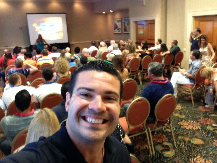 MLM Recruiting: How to Get More Signups at Your Meetings - http://rayhigdon.com/mlm-recruiting-how-to-get-more-signups-at-your-meetings/