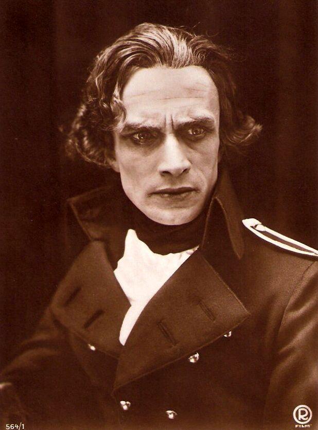 Conrad Veidt as Lord Nelson