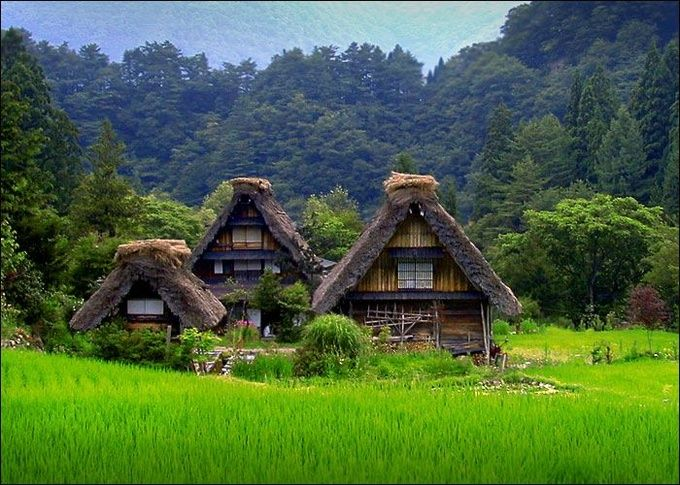 まるで日本昔話!世界遺産、白川郷