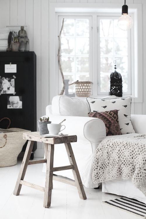 Lineas simples, color blanco y madera. ¡Nos encanta el #Nordic!