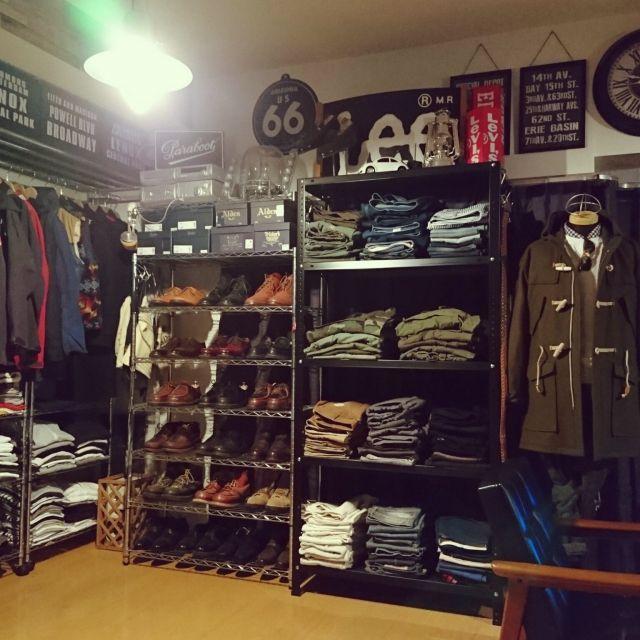 RRRLさんの、棚,ダイソー,かばん,雑貨,100均,靴の収納,ニトリ,セリア,かばん 収納,インダストリアル,見せる収納,ヴィンテージ,メンズ部屋,セリア新商品,収納アイデア,靴収納ディスプレイ,アメカジ,デイスプレイ棚,のお部屋写真