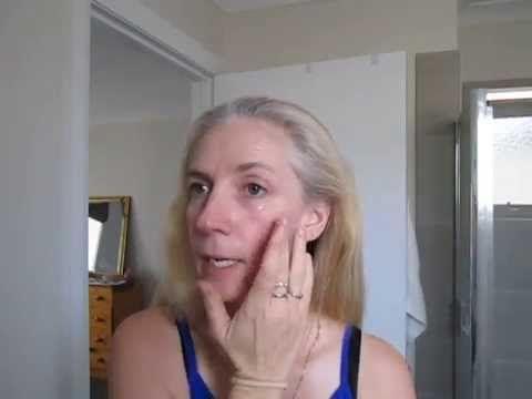 Younique Glorious Face Primer