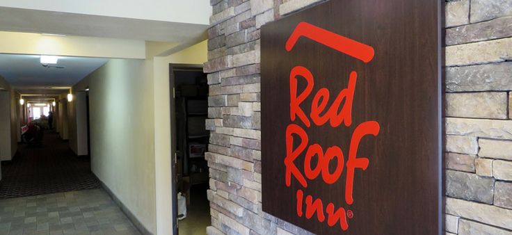 """Hotel Review: Red Roof Inn in San Marcos, Texas: Hotel time! After driving across the Great American Southwest on our """"Fabric of America"""" road trip, we stopped in south-central #Texas for several days to hang out and see the sights in Texas German country. - keep reading here: http://jetsliketaxis.com/hotel-review-red-roof-inn-in-san-marcos-texas/"""