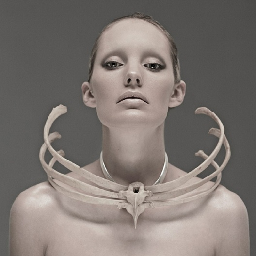 Ribcage Necklace - conceptual jewellery design // Jess Eaton