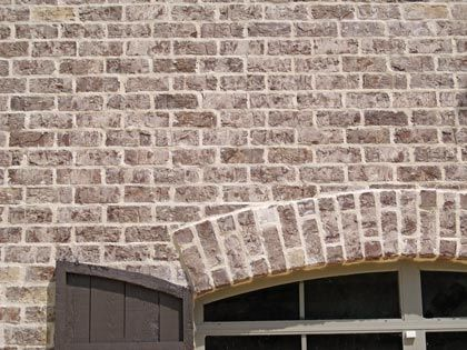 Columbus Brick Co.sold by Acme brick-Stonewall color with Ivory mortor; we think this is the brick from a house I like in Hawk's Crossing